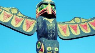 Totem Premières Nations